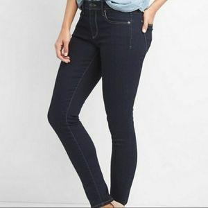 Gap 1969 Girlfriend Clean Dark Wash Denim Jeans